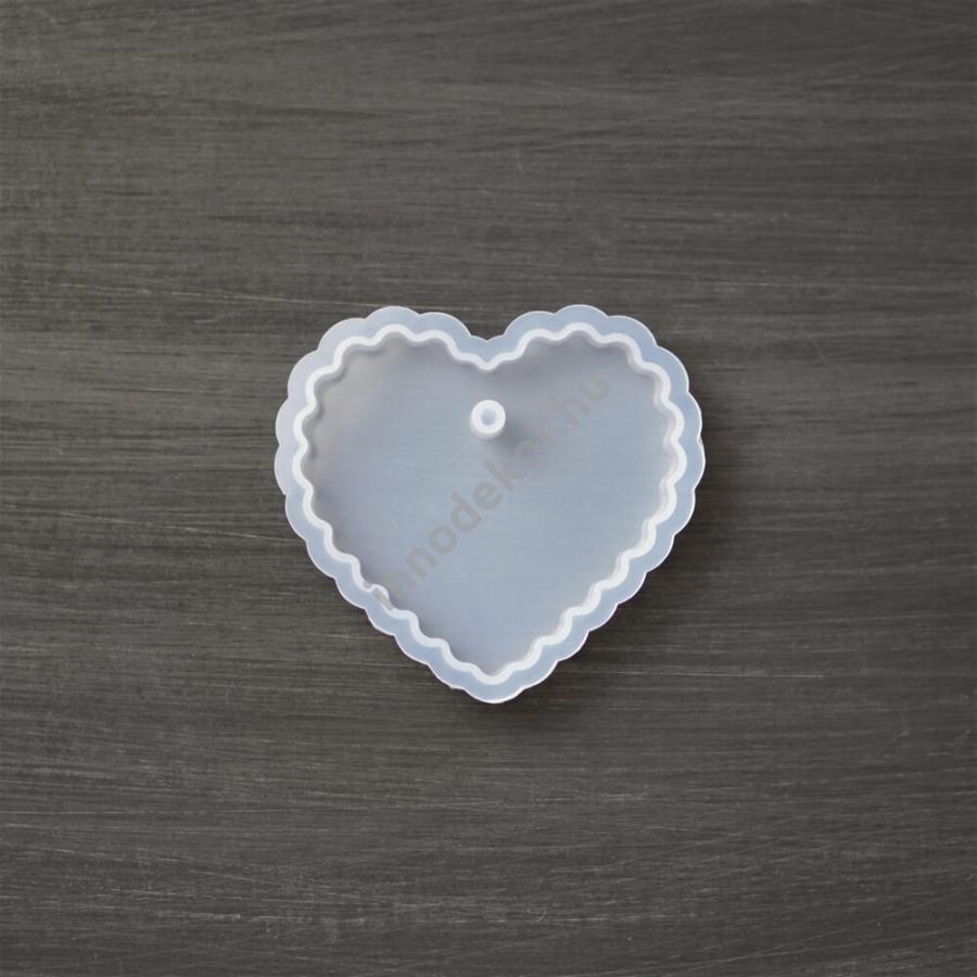 Öntőforma szilikonból - hullámos szív