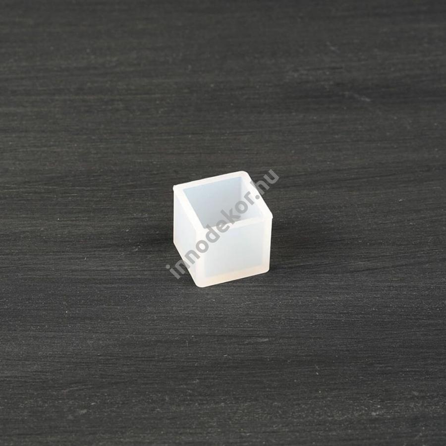 Öntőforma szilikonból - kocka, 2 cm