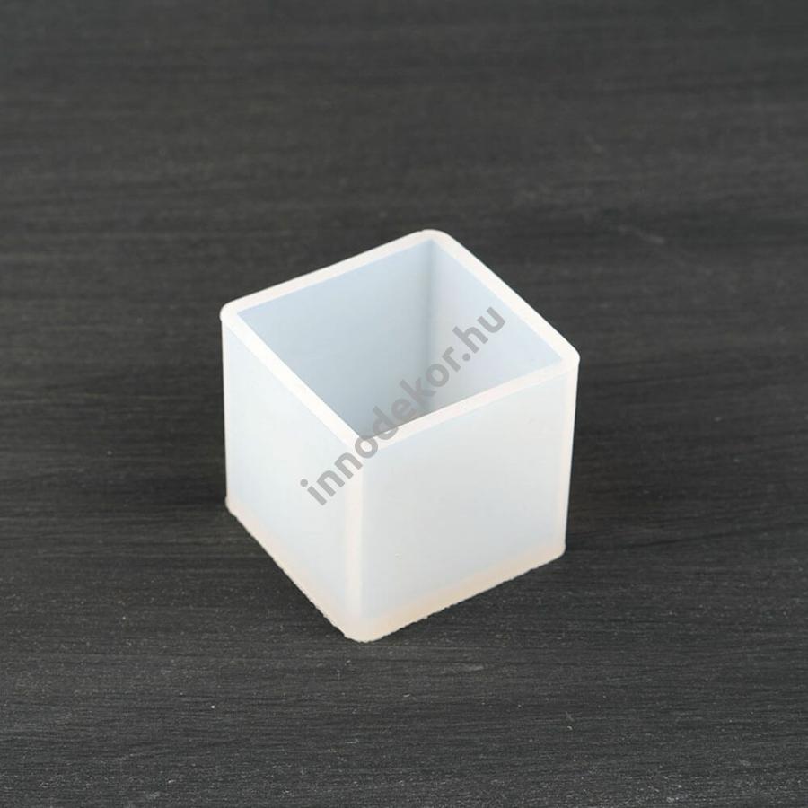 Öntőforma szilikonból - kocka, 4 cm