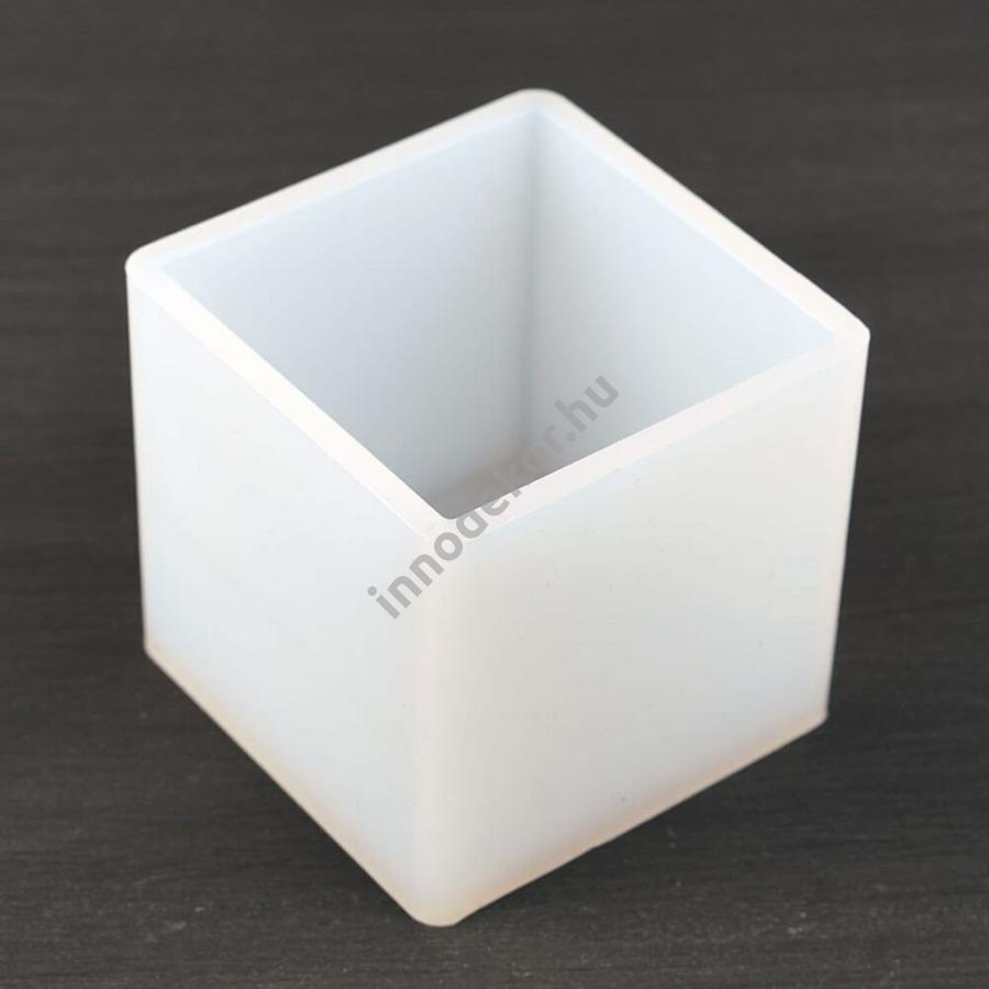 Öntőforma szilikonból - kocka, 6,5 cm